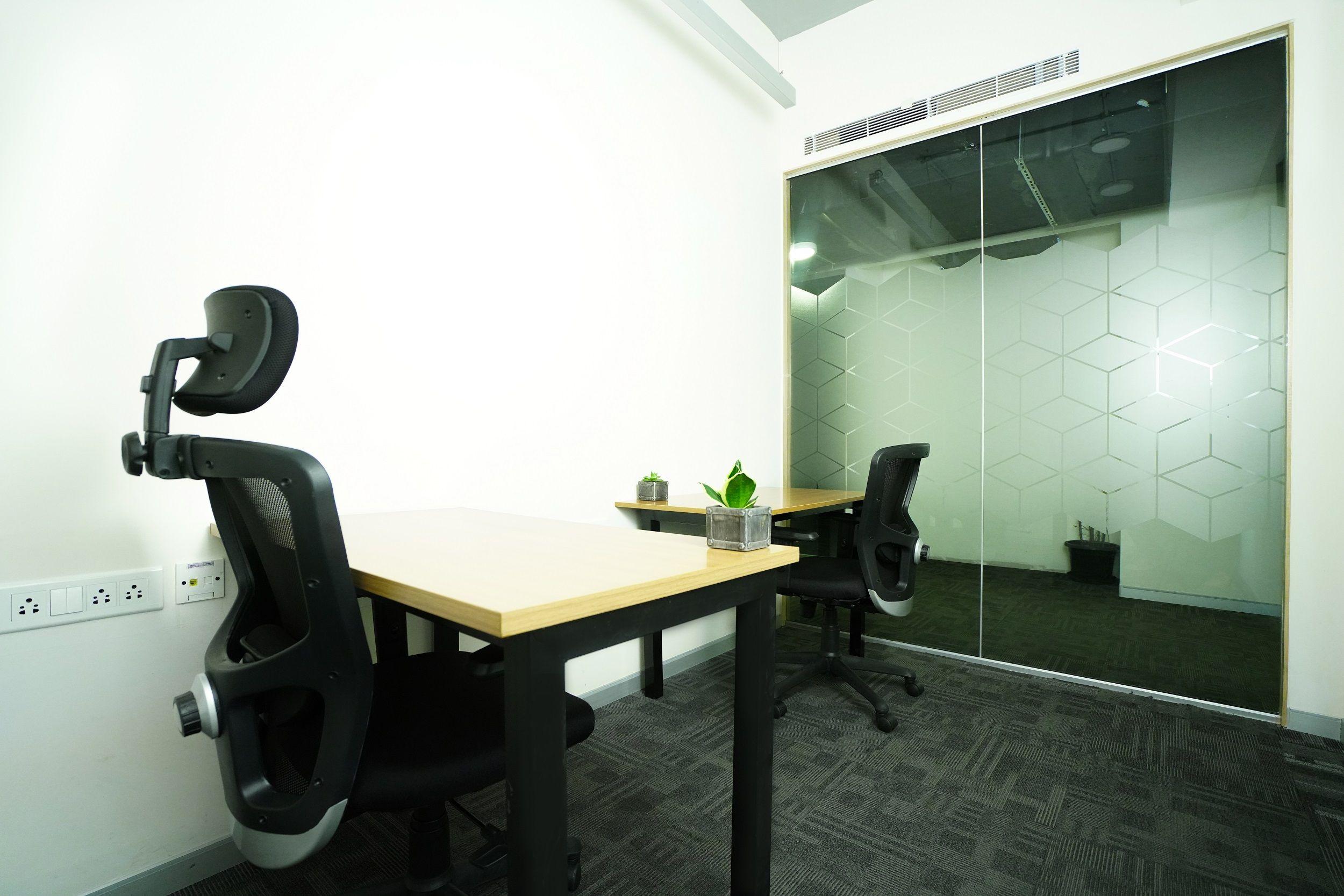 Rainmakers Office Room